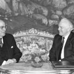 وزير الخارجية المصري عصمت عبد المجيد ونظيره السوفيتي إدوارد شيفاردنادزه في 27 أغسطس 1990.