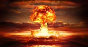 لماذا تمتلك بعض دول العالم السلاح النووي وتحرمه على غيرها