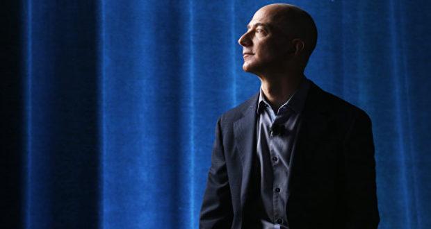 جيف بيزوس رئيس شركة أمازون
