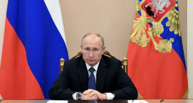 Russian President Vladimir Putin takes part in a video conference call with members of the Security Council in Moscow, Russia November 6, 2020. Sputnik/Aleksey Nikolskyi/Kremlin via REUTERS ATTENTION EDITORS - THIS IMAGE WAS PROVIDED BY A THIRD PARTY.